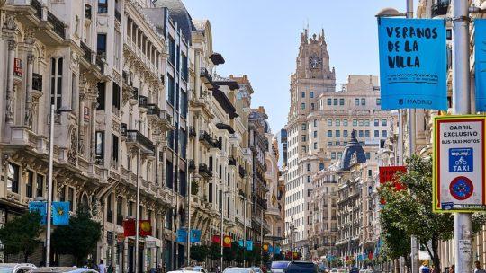 Diferentes formas de viajar por Madrid según tu presupuesto