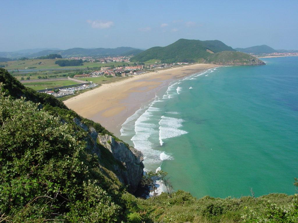 Esta imagen tiene un atributo ALT vacío; su nombre de archivo es Cantabria_Santoña_Berria_01_lou-1024x768.jpg