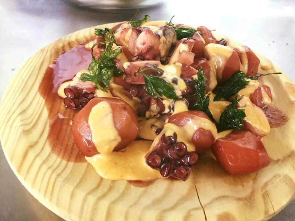 Pulpo restaurante Café Altamira. Escapada fin de semana por Galicia