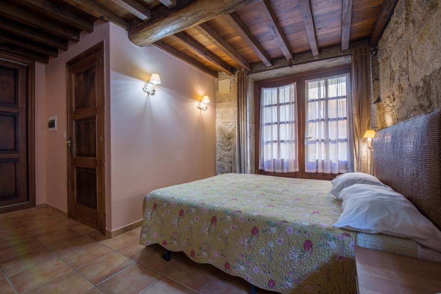 Hotel Asador de Roxos. Escapada fin de semana por Galicia.