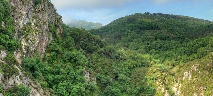 Parque natural de Las Peñas de Aia. Los lugares más desconocidos de España