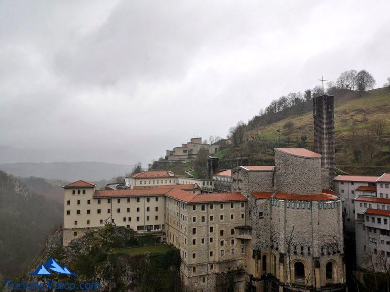 Santuario de Aranzazu. Qué ver en Gipuzkoa en una escapada de fin de semana